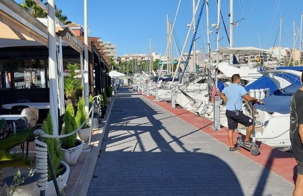bar Marina club Torrevieja COM47124 (31)