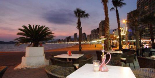 Bar Restaurant à Benidorm, face à mer