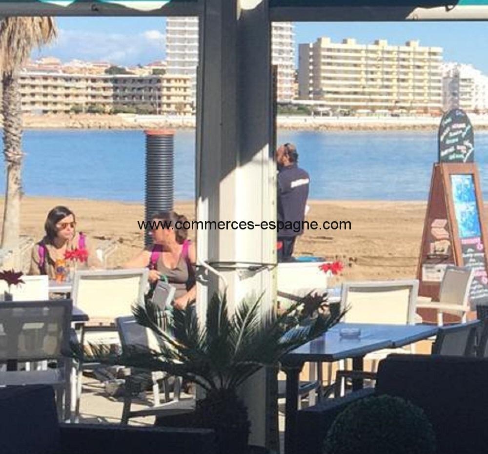 L'escala, bar Restaurant, face mer