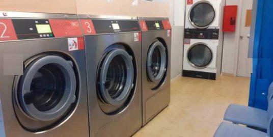 Laverie automatique à Gerone